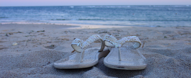 header-slippers-strand